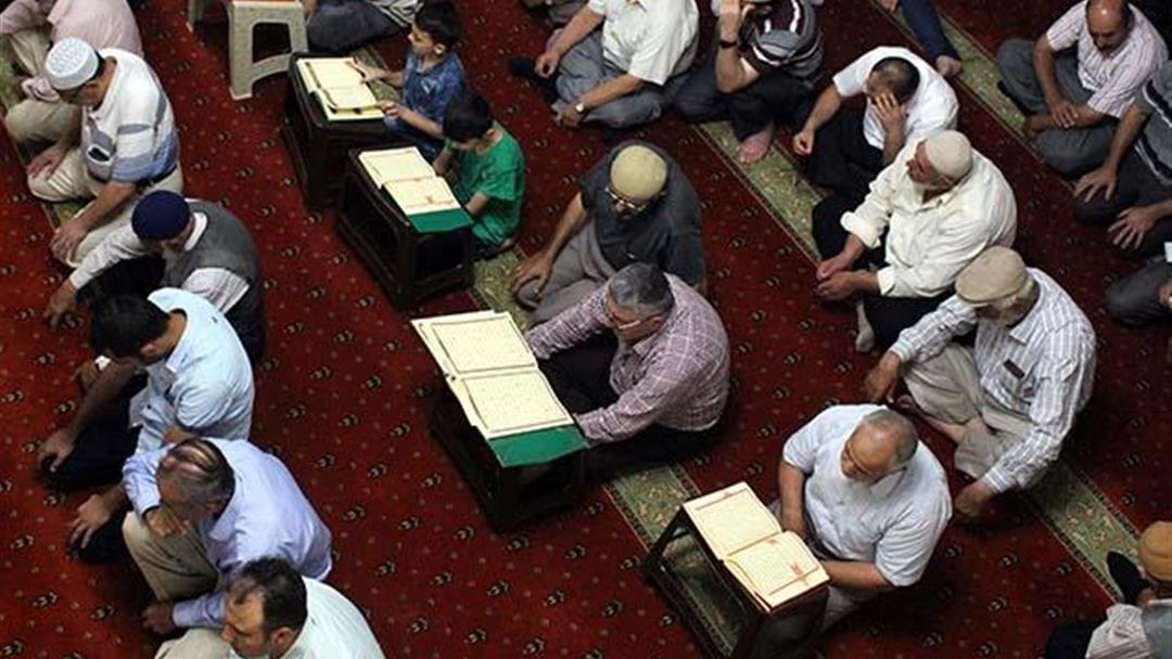Martyrs Were Commemorated in 90 Thousand Mosques